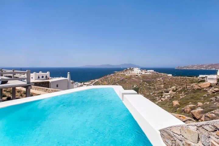 Superior 4-Bedroom Villa With Private Pool (Daria)