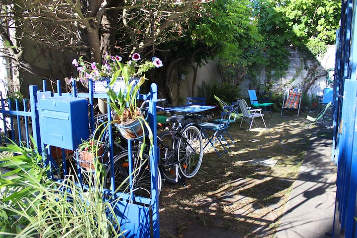 Le petit jardin, 3 vélos d'adultes à disposition