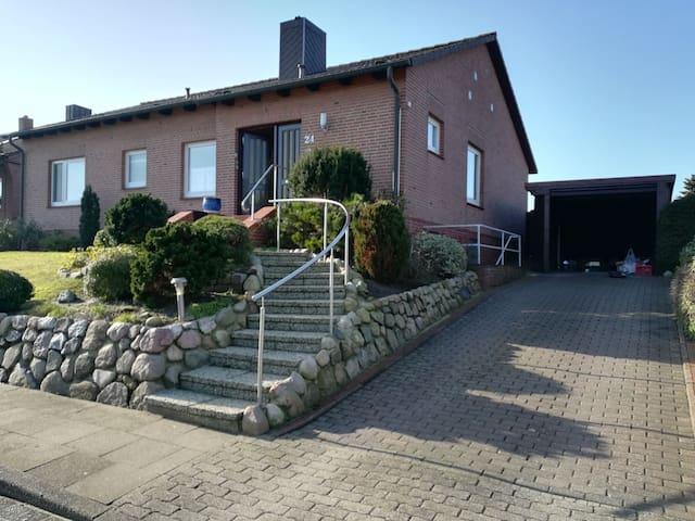 Ferienhaus auf der Hohen Geest, Nähe Golfplatz