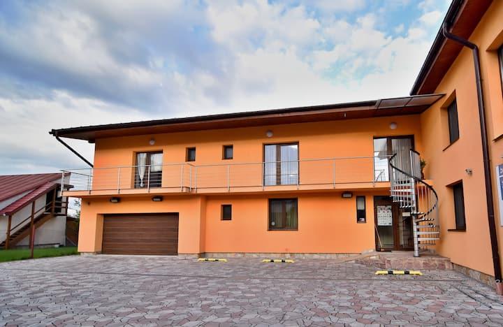 Poprad, dom s výhľadom na Vysoké Tatry