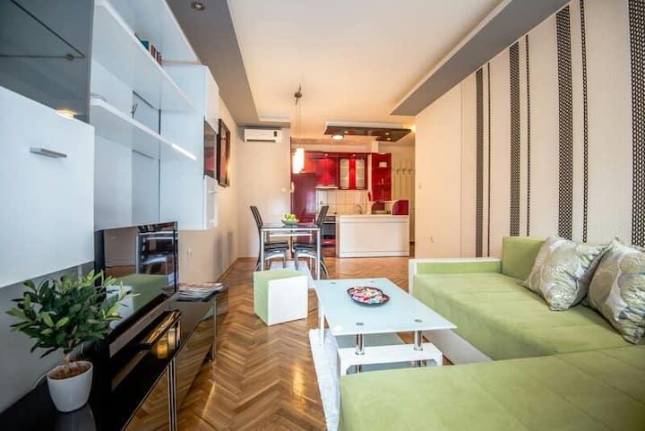 Negro apartment
