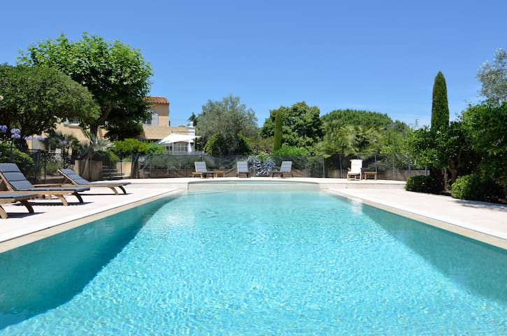 Villa,in ST Tropez, full sea view - Saint-Tropez - Casa