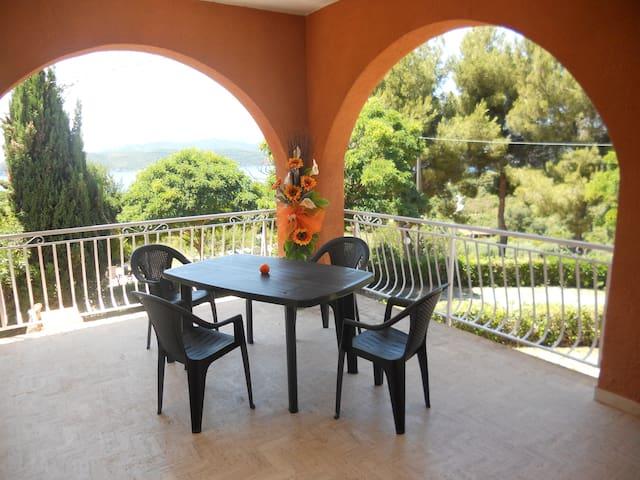 Elba: Arancio, Bilo con veranda vista mare - Capoliveri (LI) - Daire