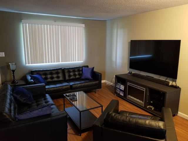 Private room in beautiful condo community