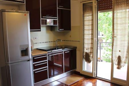 Appartamento con terrazzo coperto - Albisola Superiore