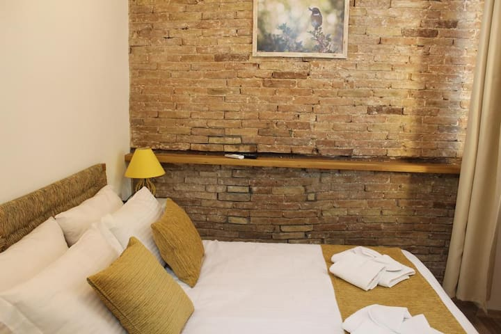 Pedieos Guest House- Sazlı