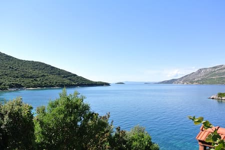 Apartment (west) for 2 - Korčula