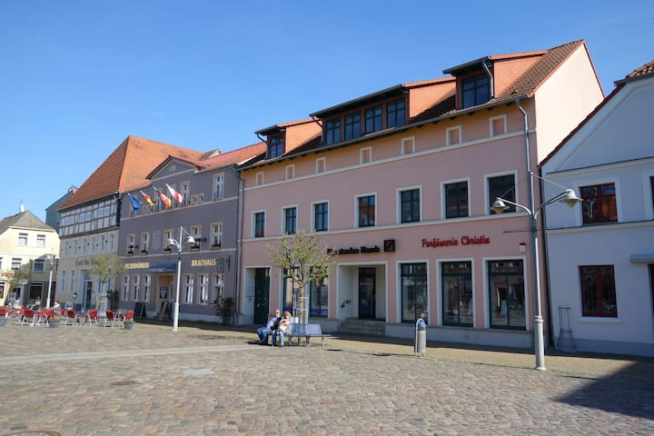 Moderne Ferienwohnung im Seebad Ueckermünde - Ueckermünde - Lejlighed