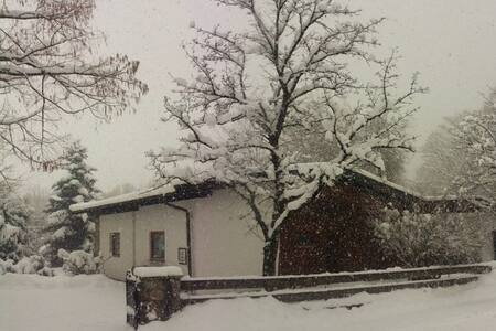 Cozy, private retreat for all seasons - Vorderthiersee - Huis