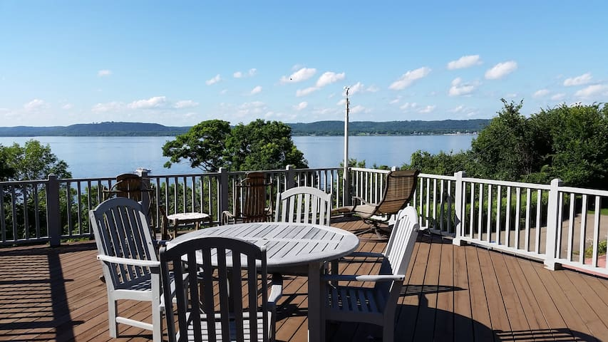 You'll love the house and the views of Lake Pepin! - Lake City - Casa