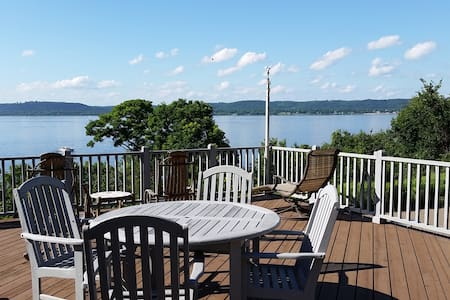 Top 20 maiden rock vacation rentals vacation homes for Lake pepin cabin rentals