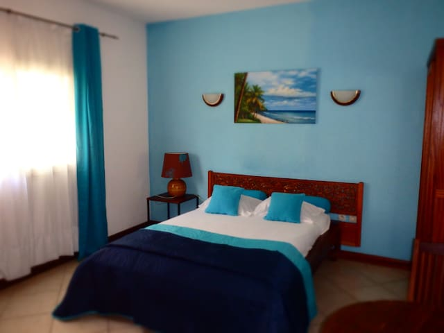 chambre 2 personnes - Ravine des Cabris - Bed & Breakfast