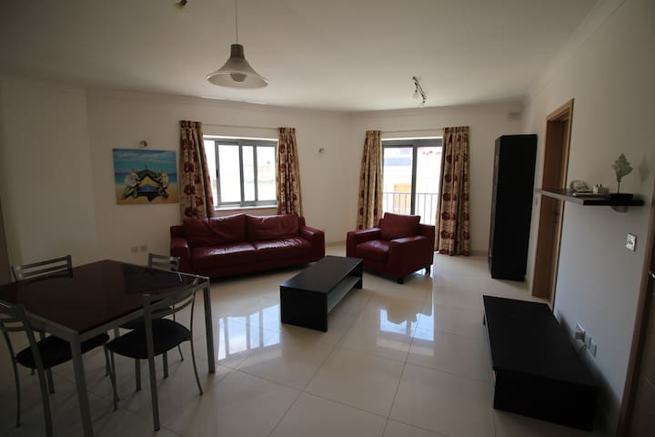 1 Bedroom Apartment - FLT12 - Naxxar - Apartment