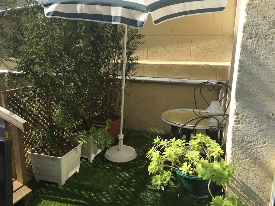 Appartement meubl garage s curis flats for rent in for Appartement meuble bordeaux