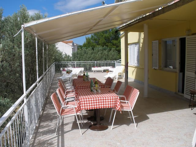 apartement olive-adria 2+1 - Brodarica - Apartament