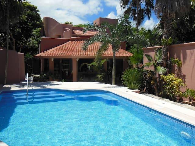 Villa Josefina, Private Pool near Yalku & Beach