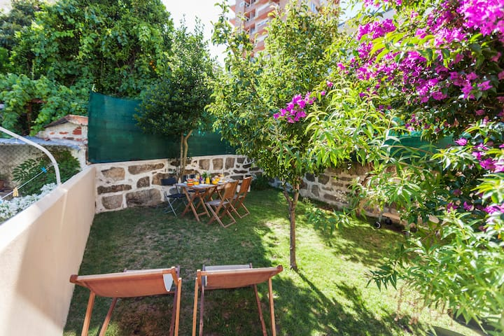 Casa da Paz | Clean&Safe Vintage House with garden