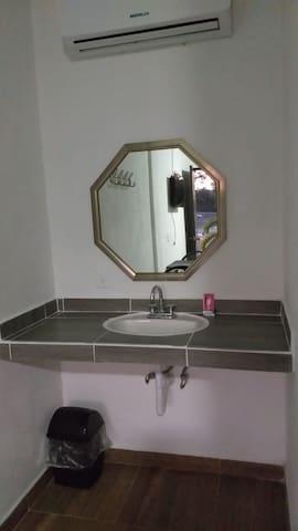 Lavamanos de Habitación