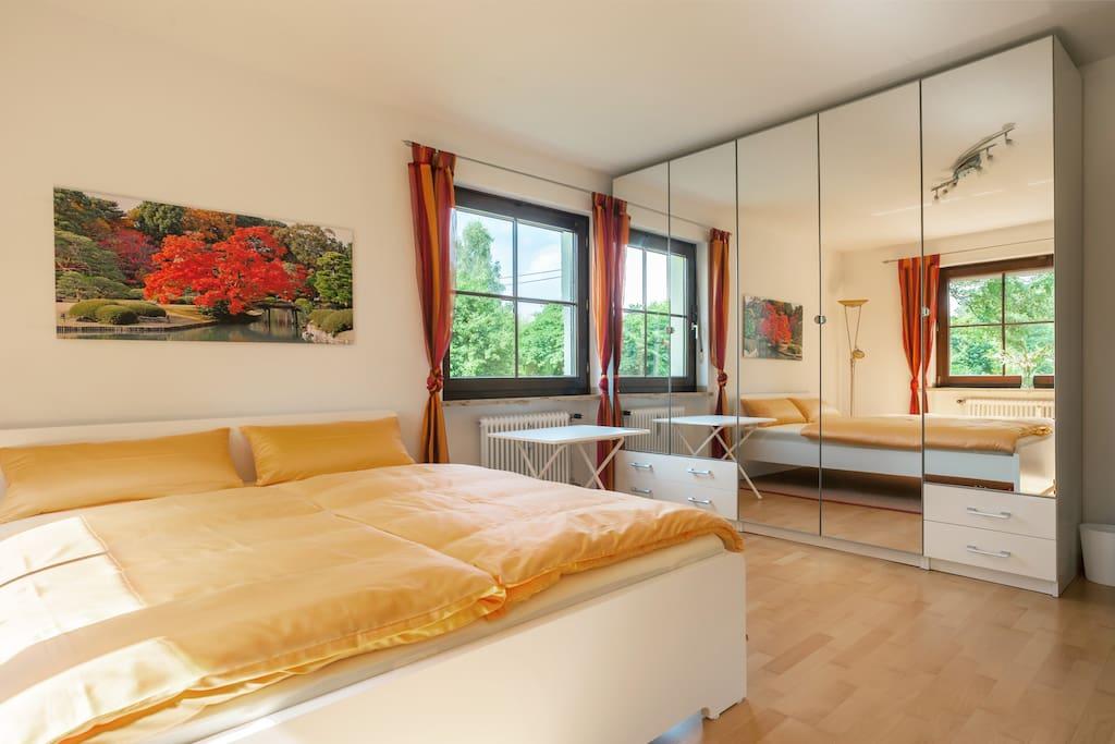 20qm helles doppelzimmer terrasse wohnungen zur miete. Black Bedroom Furniture Sets. Home Design Ideas