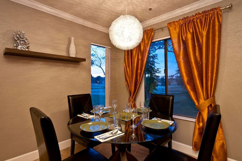 dine in Style for 4 People with view of the fairway