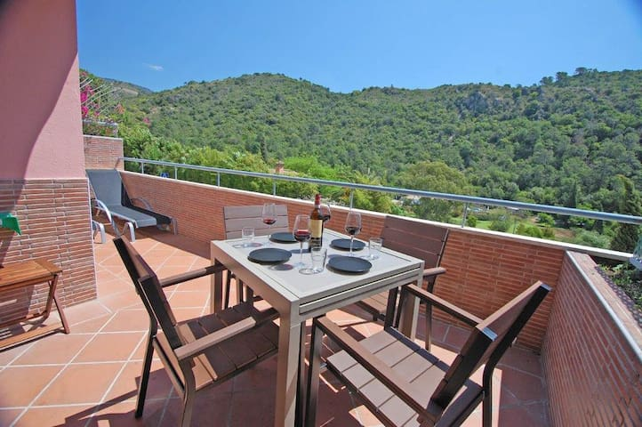 2Bedroom Apart in Benahavis Village - Benahavís - Leilighet