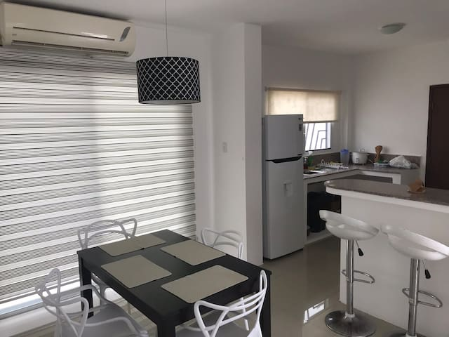 Casa acogedora de primera en Playas - Villamil
