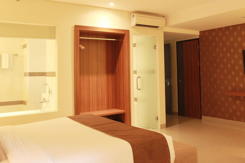 2 Bedroom Luxury Family Room