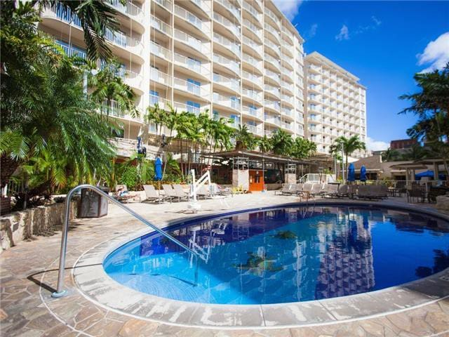 Wyndham Wakiki Beach Walk 2 Bedrooms 2 Bath