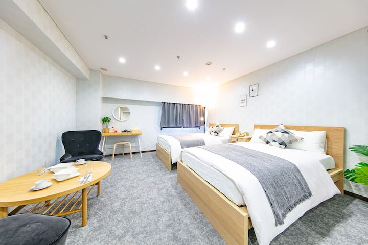 HOTEL PLAZA UMESHIN/Close to Umeda・Osaka Sta