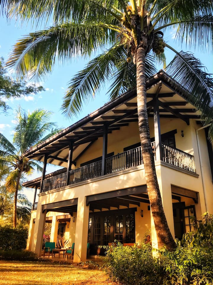 Casa Las Olas - Walk to Beach