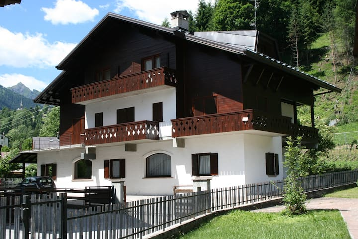 Appartamento nelle Dolomiti - Rocca Pietore  - Byt