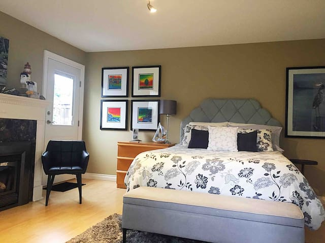 spacious interior with comfy queen bed