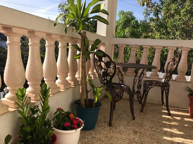 Entire 2 bedroom house near the Bahia de Fajardo
