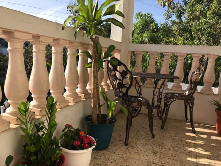 2 bedroom house w/ garage in Playa de Fajardo