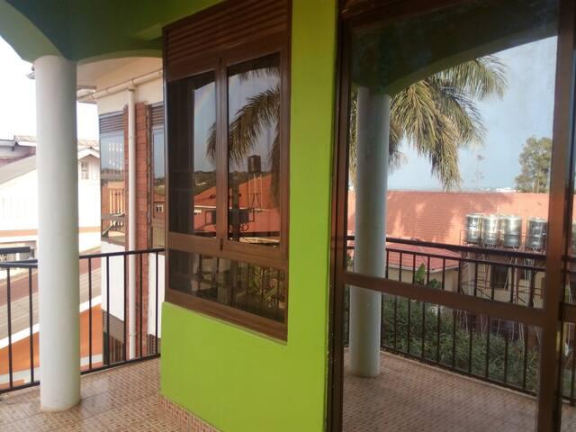 Jubilation House - Kampala - Apartament