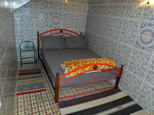 Private Double Room Shared bathroom