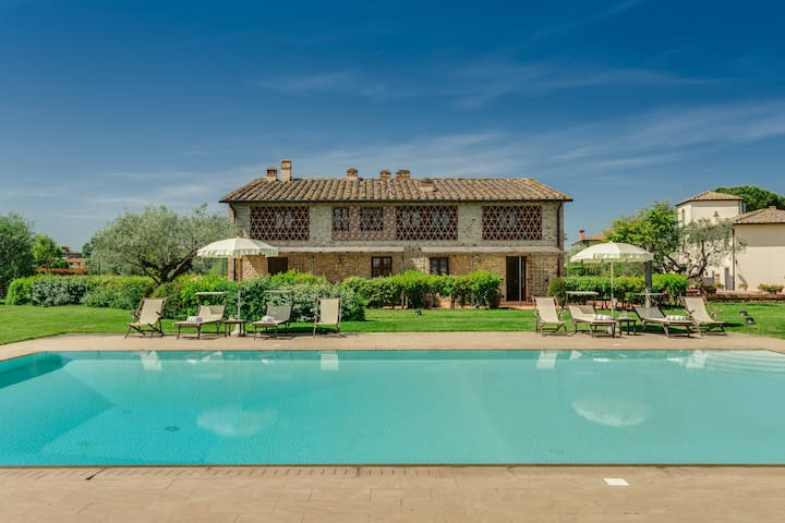 Romantic apartment in Chianti !!