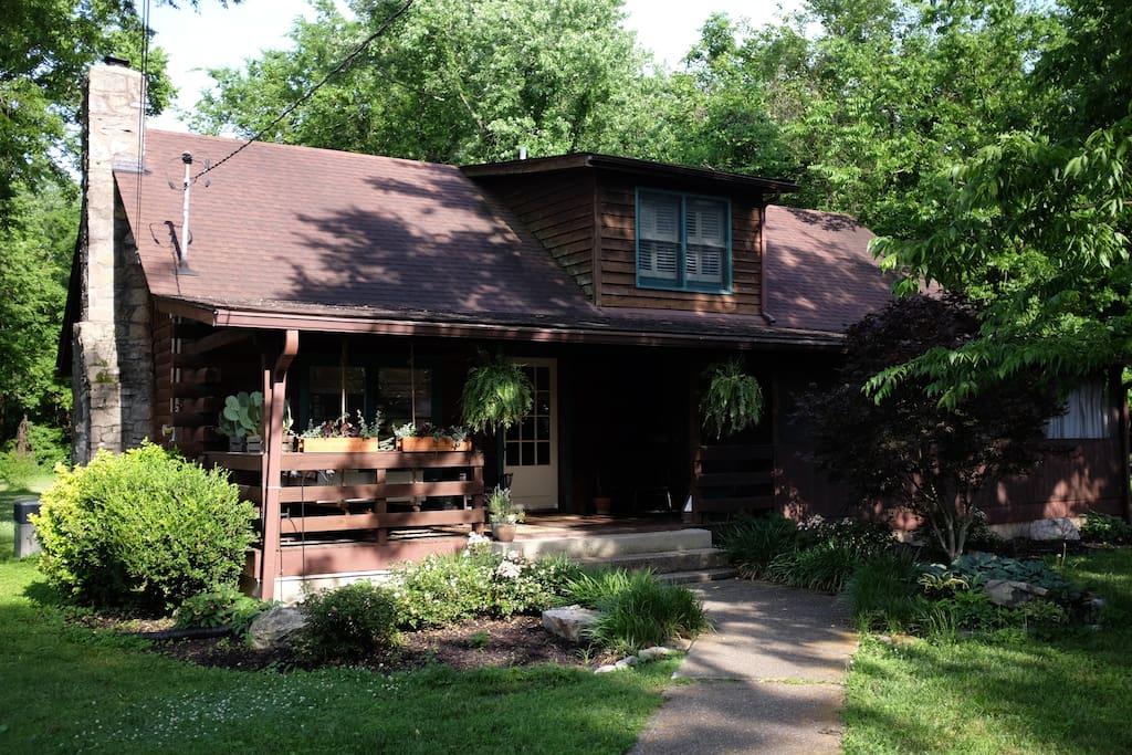 Urban log cabin cabins for rent in nashville tennessee for Cabin rentals vicino a nashville tn