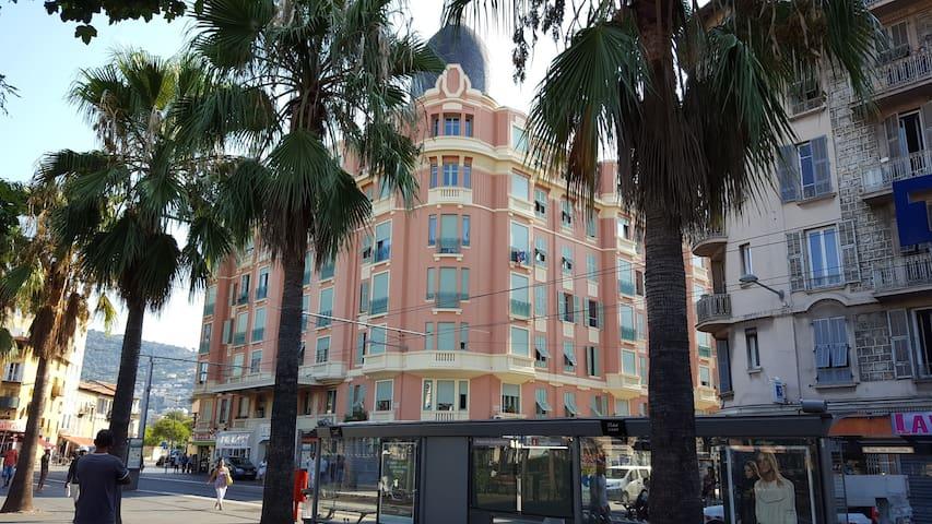 Palais L'Esplanade appartement 2p à louer