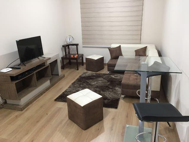 Suite in Aragón 3. El Batán, Quito