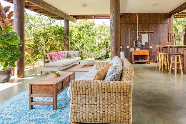 Tropical Garden Retreat on an Organic Mango Farm