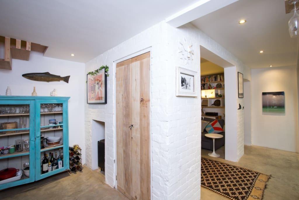 Kitchen segways into the lounge area
