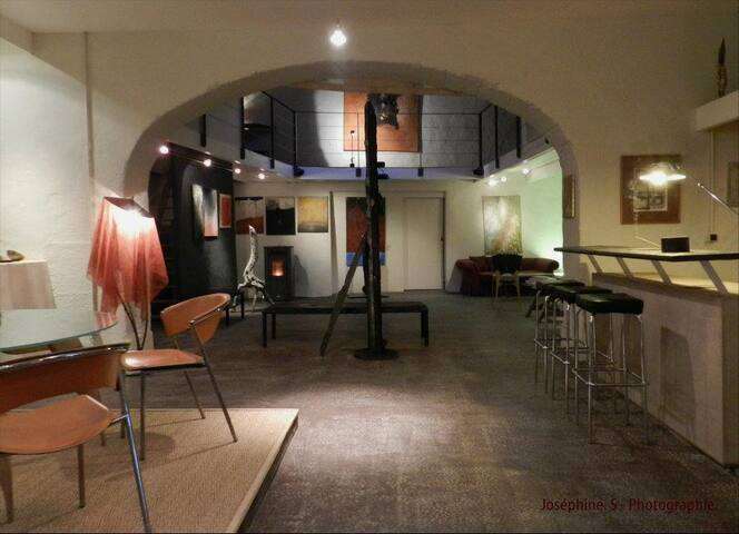 atelier d'artiste - Apt - Lägenhet