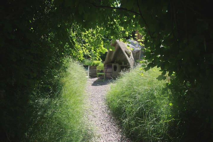 The Pebbles - Flintstone - Mile End - Inny