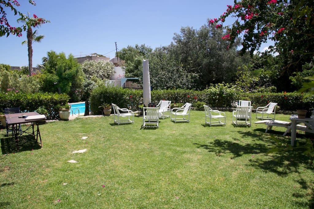 Jardin, accès libre.