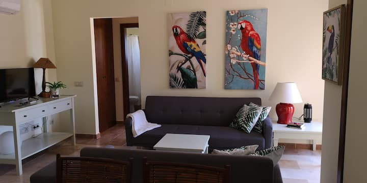 Precioso apartamento dos dormitorios a 150 m playa