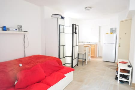 1 Bedroom Apt, Sleeps 3+ in LES