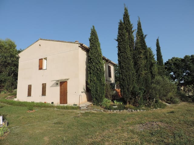 Villa aux cigales chantantes - La Bastide-des-Jourdans - House