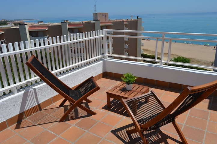 Special offer 19/22 and 26/28 April!!! - Santa Susanna - Apto. en complejo residencial