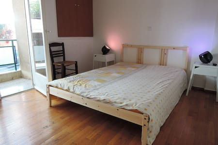 Cosy bedroom near Acropolis - Athina